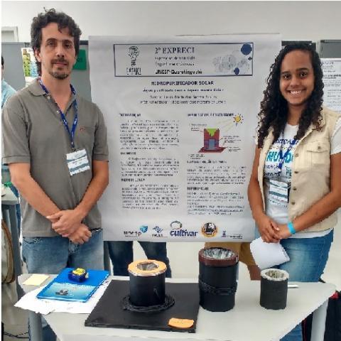 Aluna e professor da Etec de Cachoeira Paulista participam de exposição científica na UNESP